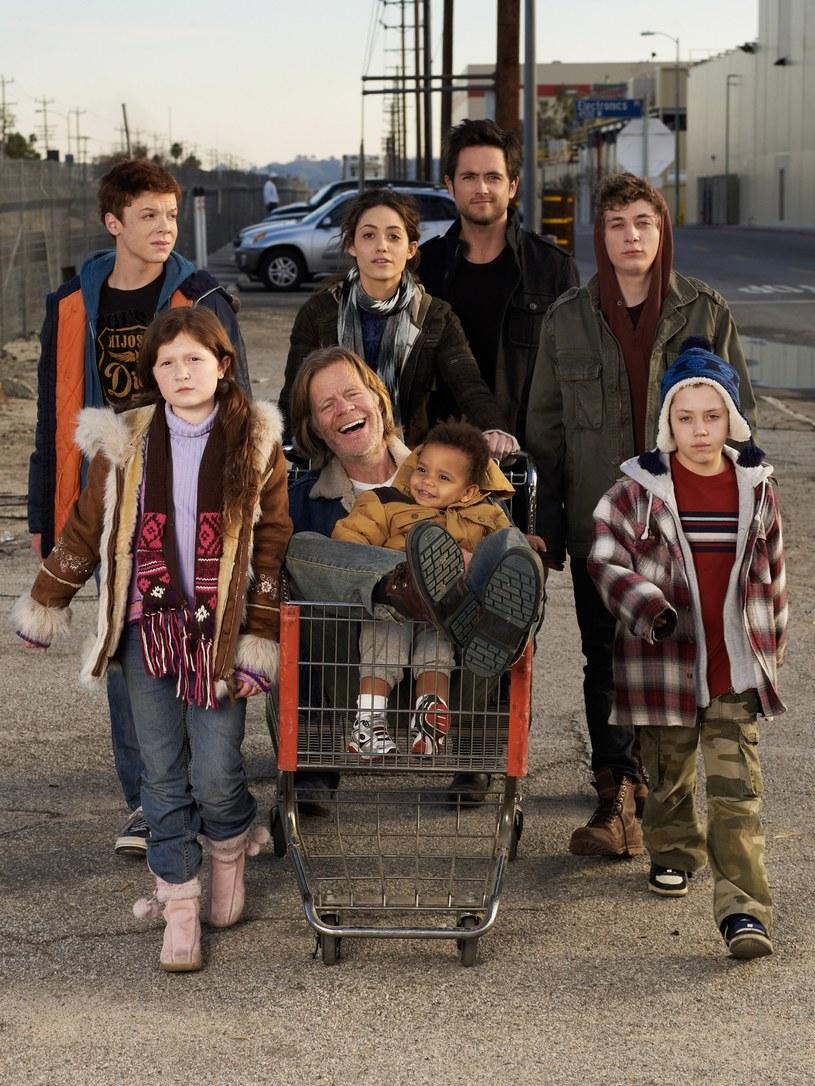 """Rodzina Gallagherów z serialu """"Shameless"""" w komplecie. /materiały prasowe"""