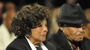 Rodzina Jacksona spóźniła się na pogrzeb
