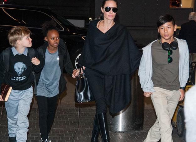 Rodzina Jolie-Pitt przeprowadziła się do Anglii /Diabolik / Splash News /East News