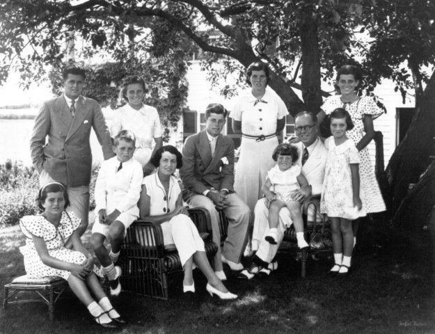 Rodzina Kennedych. Hyannisport, lata trzydzieste /PAP/Newscom /PAP