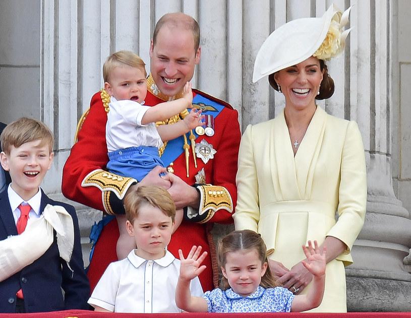 Rodzina królewska /AFP