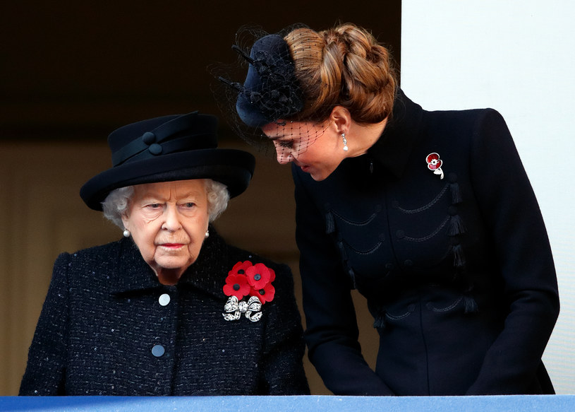 Rodzinie królewskiej nie jest dziś do śmiechu... /Max Mumby/Indigo /Getty Images