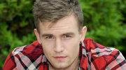 """""""rodzinka.pl"""": Daniel Dziorek wyrzucony z serialu za homofobię?"""