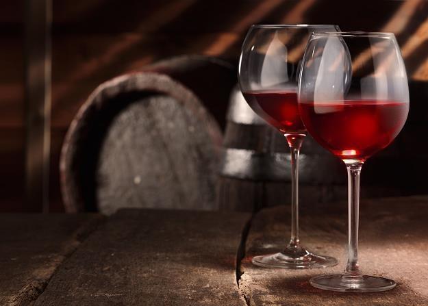 Rodzinne firmy wytwarzają najlepsze wina /©123RF/PICSEL