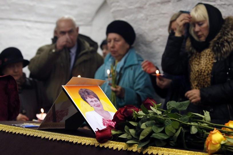 Rodziny ofiar opłakują bliskich /PAP/EPA