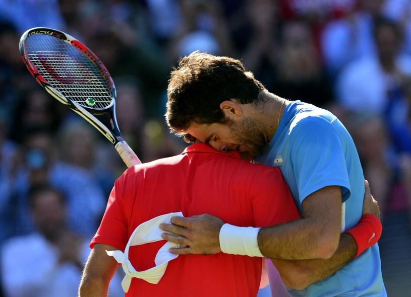 Roger Federer i Juan Martin del Potro (z prawej) zafundowali sobie na IO 2012 tenisowy maraton /AFP