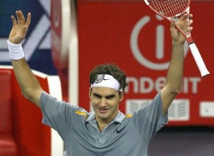 Roger Federer nie dał w finale żadnych szans Jamesowi Blake'owi /AFP