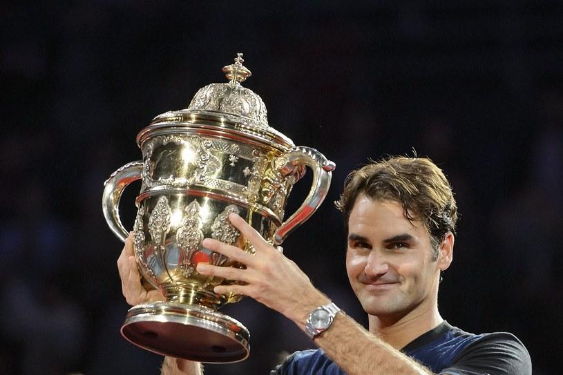 Roger Federer po wygraniu turnieju w Bazylei /AFP