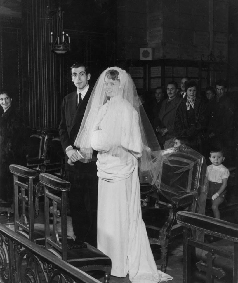 Roger Vadim i Brigitte Bardot w dniu ślubu /Hulton Archive /Getty Images