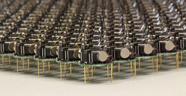 Rój robotów Kilobot /materiały prasowe