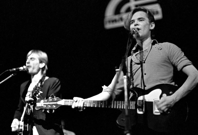 Rok 1981. Koncert zespołu Brygada Kryzys. Z prawej młody Robert Brylewski /Miroslaw Stepniak/FOTONOVA /East News
