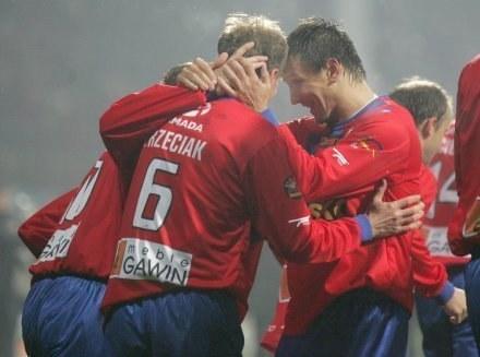 Rok 2008 piłkarze Polonii Bytom kończyli w dobrych nastrojach. /Agencja Przegląd Sportowy