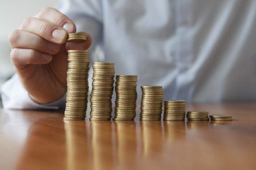 Rok 2021 będzie już szóstym z kolei, kiedy lokaty bankowe przynoszą straty w ujęciu realnym /123RF/PICSEL