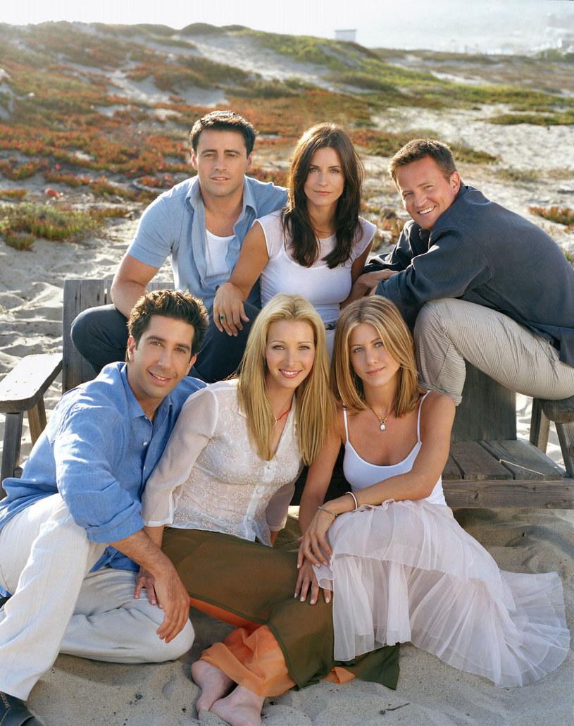 """Rola Rachel w serialu """"Przyjaciele"""" przyniosła jej popularność i fortunę. Fryzurę, którą miała w serialu, kopiowały kobiety na całym świecie. /East News"""