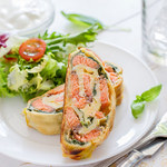 Rolada omletowa z łososiem