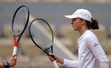 Roland Garros. Iga Świątek / Nicole Melichar - Alexa Guarachi / Desirae Krawczyk w półfinale debla. Relacja na żywo