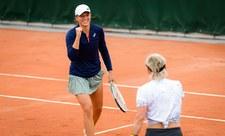 Roland Garros. Mattek-Sands i Świątek - Barbora Krejcikova i Katerina Siniakova w finale. Relacja na żywo