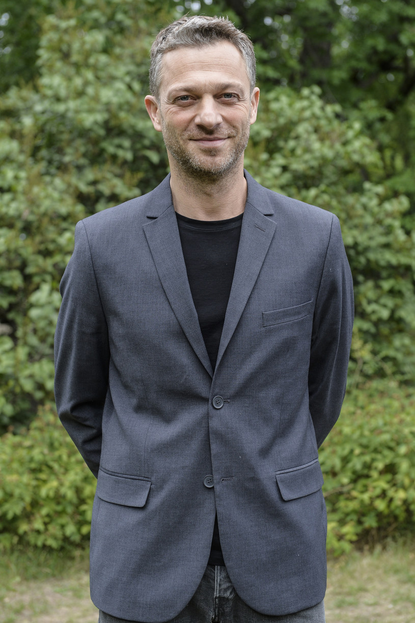 Role czarnych charakterów Grzegorz Damięcki uważa za najciekawe wyzwanie aktorskie /Niemiec /AKPA