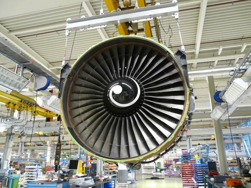 Rolls-Royce dostarcza silniki do dużych samolotów pasażerskich /123RF/PICSEL