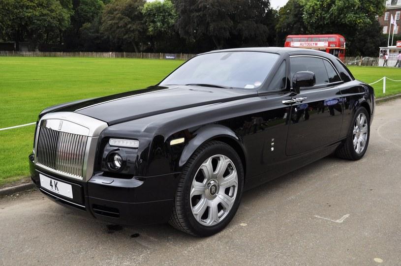 Rolls-Royce Phantom /123RF/PICSEL