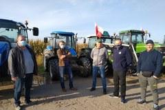 """Rolnicy protestują przeciw """"Piątce dla zwierząt"""". Blokują trasy w całym kraju"""