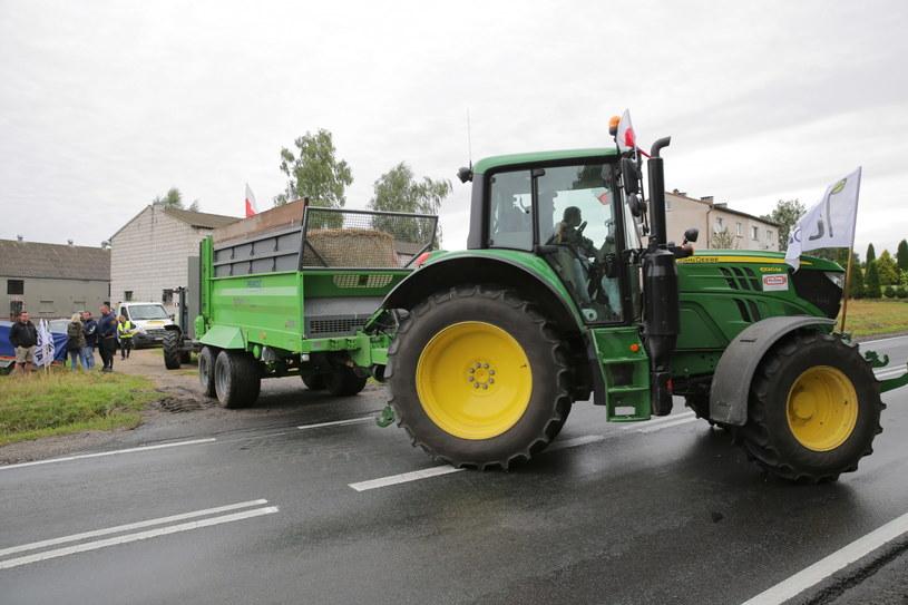 Rolnicy z AgroUnii zablokują we wtorek i środę kilkanaście dróg i skrzyżowań / Tomasz Waszczuk    /PAP