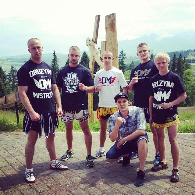 Roman Lachowolski i Drużyna Mistrzów wspierają młodych sportowców, Fot: facebook.com/DRUZYNAMISTRZOW /Internet