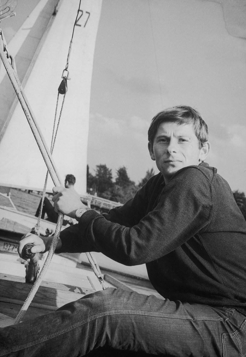 """Roman Polański na planie filmu """"Nóż w wodzie"""" (1961) /Bauer /AKPA"""