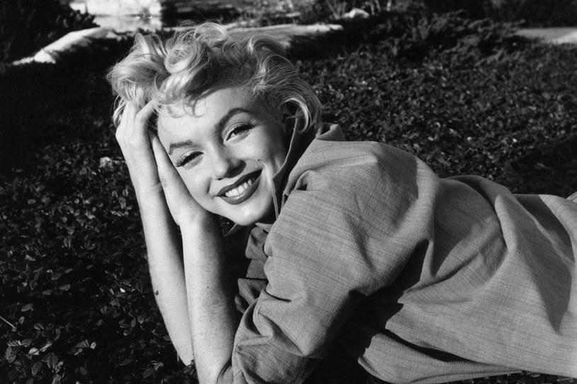 Romans, zarówno wczoraj, jak i dziś, to niebezpieczna gra. I zawsze może skończyć się złamanym sercem. Przekonała się o tym Marilyn Monroe, którą porzucił prezydent USA John F. Kennedy. /Getty Images/Flash Press Media