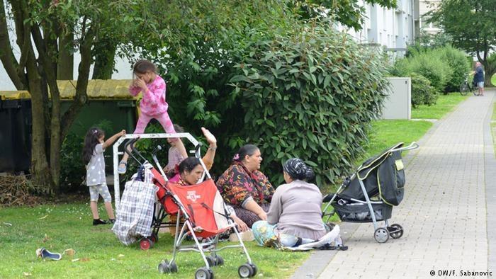 Romskie rodziny są zazwyczaj wielodzietne /DW/F. Sabanovic  /Deutsche Welle