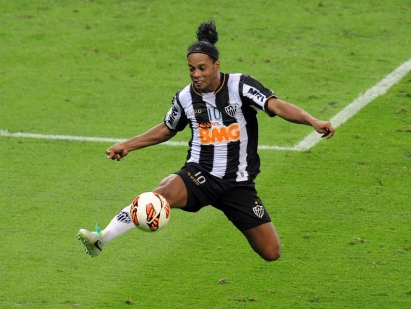 Ronaldinho w barwach Atletico Mineiro /AFP