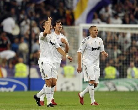 Ronaldo (z lewej) fetuje gola strzelonego dla Realu /AFP