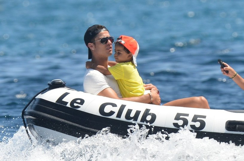 Ronaldo z synem /East News