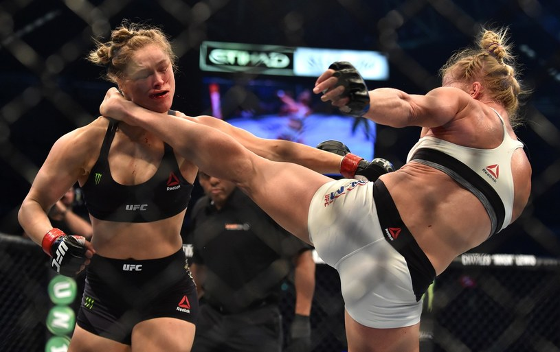 Ronda Rousey pobita przez Holly Holm /AFP