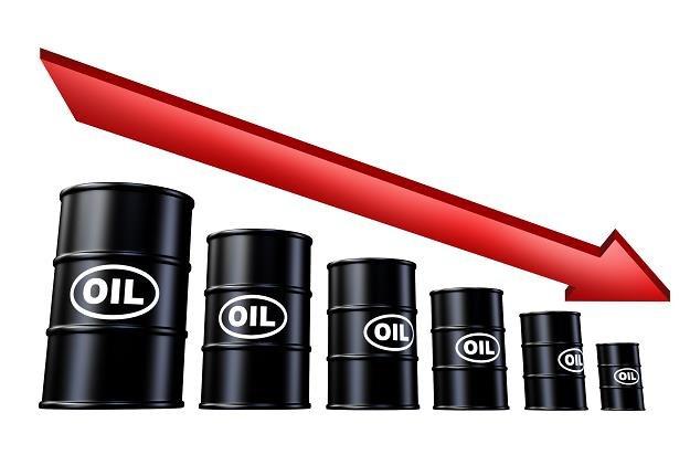 Ropa z Iranu powraca na rynki /©123RF/PICSEL