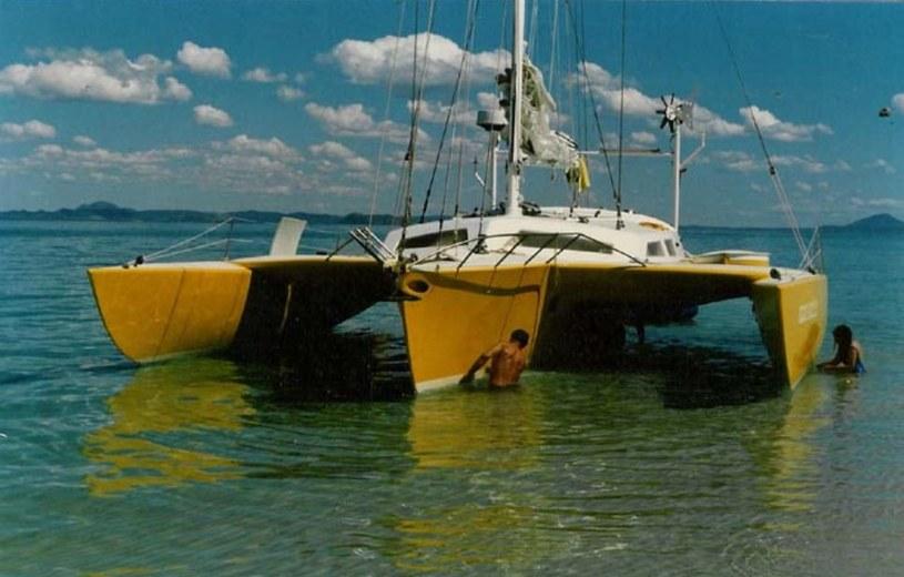 """""""Rose Noelle"""" - trimaran, na którym 4 mężczyzn przeżyło 119 dni w morzu /Wikimedia Commons /materiały prasowe"""