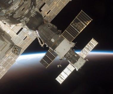 Rosja będzie dłużej dostarczać amerykańskich astronautów na ISS