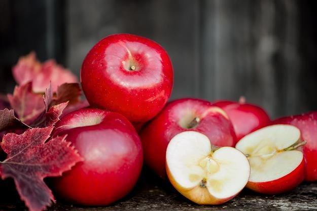 Rosja chce walczyć z polskimi jabłkami /©123RF/PICSEL