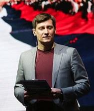 Rosja: Działacz opozycji Dmitrij Gudkow zatrzymany