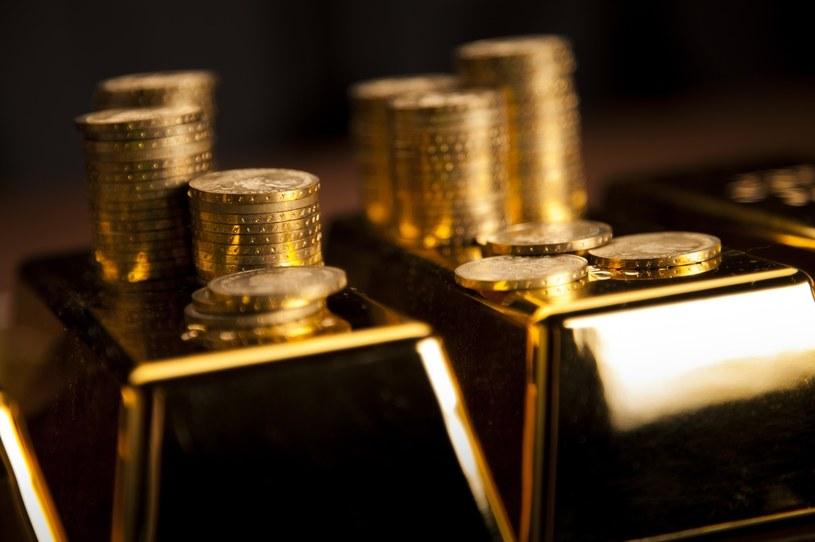 Rosja ma więcej ze sprzedaży złota niż gazu /123RF/PICSEL