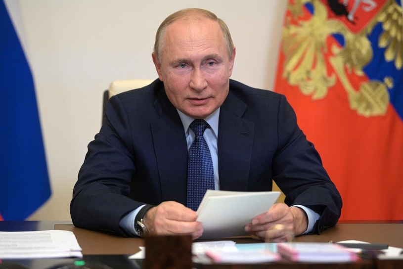 Rosja ma własny plan ograniczania emisyjności gospodarki. Na zdj. prezydent Władimir Putin /AFP