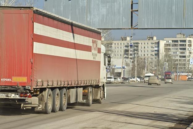 Rosja proponuje Polsce przedłużenie pozwoleń na przewozy do 15 lutego /©123RF/PICSEL