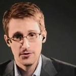 """Rosja przedłuży azyl Snowdenowi. """"Jego życie jest zagrożone"""""""