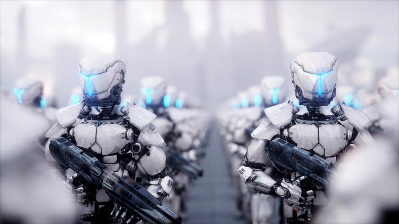 Rosja przygotowuje autonomiczne roboty wojskowe /123RF/PICSEL
