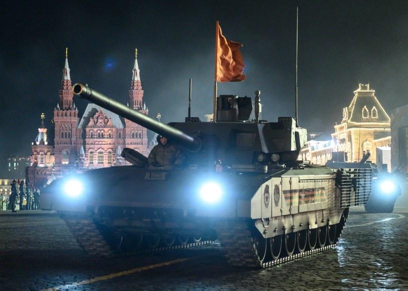 Rosja rozwija nową powłokę ceramiczną. Na zdjęciu: czołg T-14 Armata /AFP