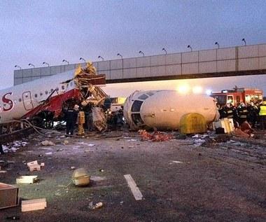 Rosja: Tupolew wypadł z pasa i stanął w płomieniach
