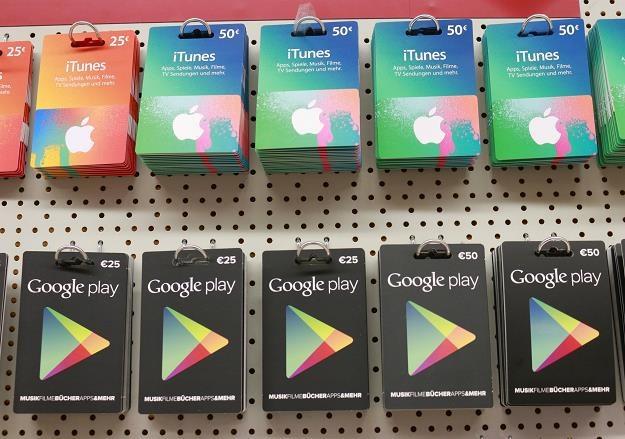 Rosja uderza politycznym podatkiem w Google i Apple /©123RF/PICSEL