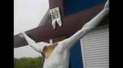 Rosja: Wandale zniszczyli figurę Chrystusa