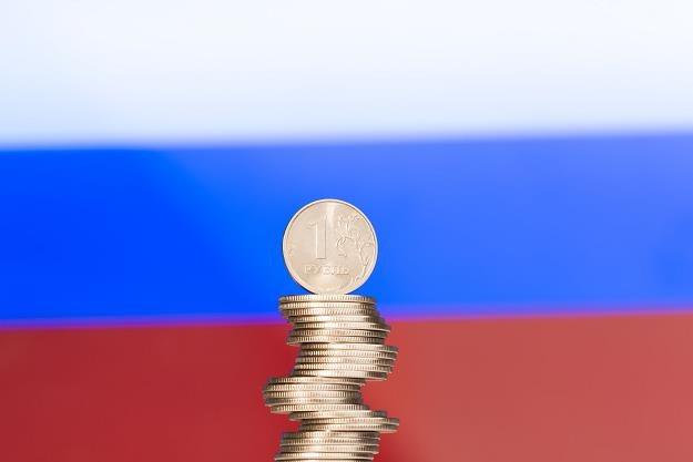 Rosja wprowadza bankowe sankcje przeciwko 41 państwom /©123RF/PICSEL