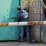 Rosja: Wyciekły nagrania tortur z więzień. Bezprecedensowa skala